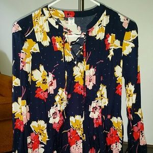 Small Old Navy, navy blue dress with flowers